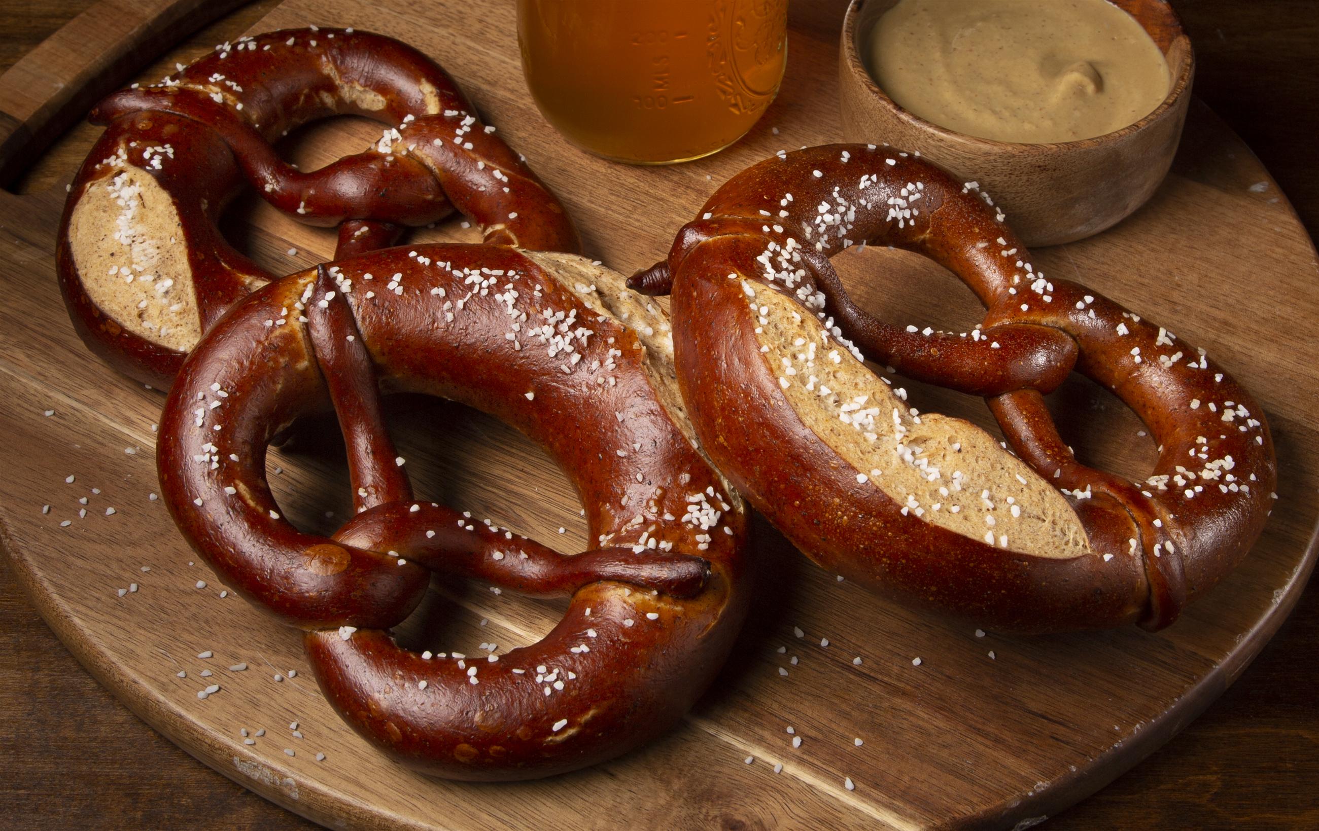 pretzels, beer, craft beer, mustard, bar, Pricing Food Photography, food photography props, Estimating Food Photography Job, Pricing a Food Photography Job