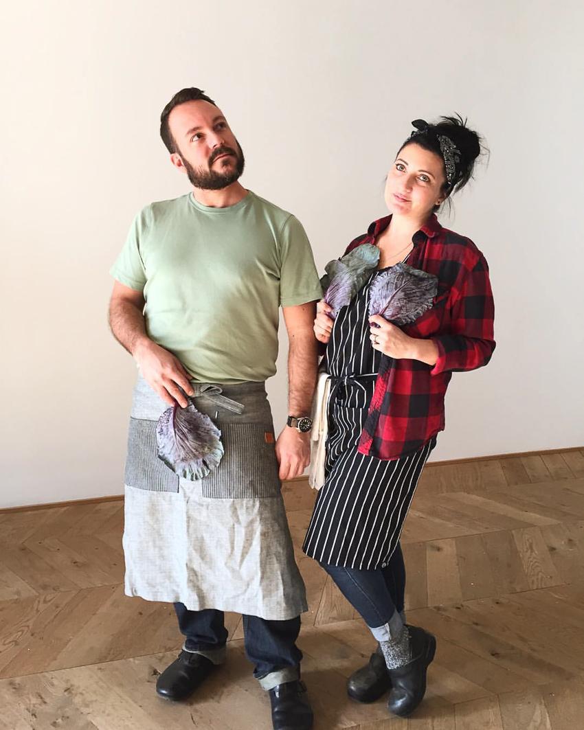 phoode, food prop stylist, production crew, job of food stylist, professional food stylist, commercial food stylist, food photography, food styling